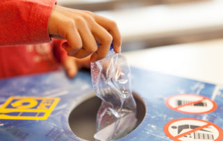 PET Recycling Sammlung in der Schule Recyclingquote