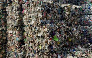 PET Recycling Pilotprojekt Plastikmuell Verwertung