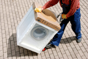 Transport of a washing machine in EPS or Airpop polystyrene