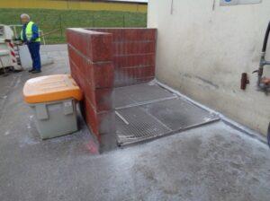VORHER Fassreinigungsplatz Granulatverlust