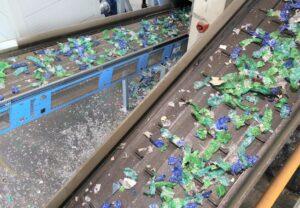 PET-Flaschen - Recyclingwerk Vorsortierung