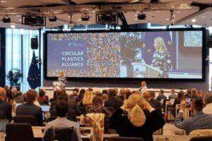 Gegen Plastikmüll - Circular Plastics Alliance - platform - Beitragsbild