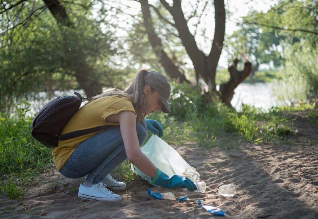 Sichere Verpackung Plastikmuell - sammeln trennen und entsorgen fürs Recycling