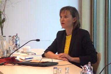 AGVU Orientierungstag 2020 Isabell Schmidt - In der Diskussion um die Quote für einen Rezyklateinsatz