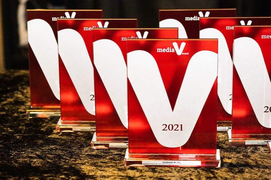 Media V Award Beste Website IK Verband PlasticsEurope Fink Fuchs Foto SWernz 3x2